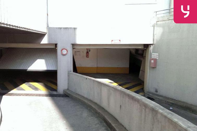 Parking Porte de Clignancourt - Joliot Curie caméra