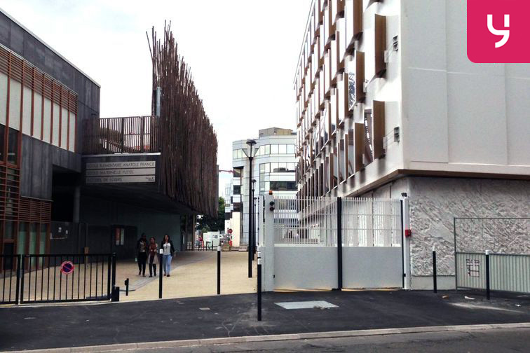Parking Carrefour Pleyel - Saint-Denis à louer