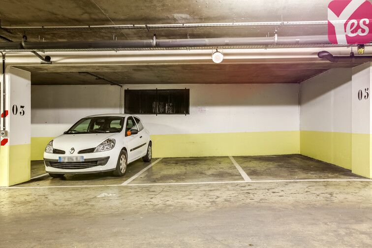 Parking Kleber sécurisé