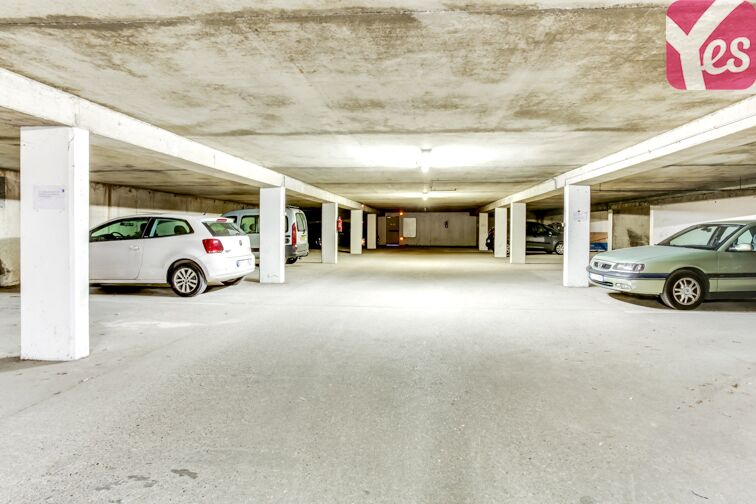 Parking Cimetière de la Guillotière pas cher