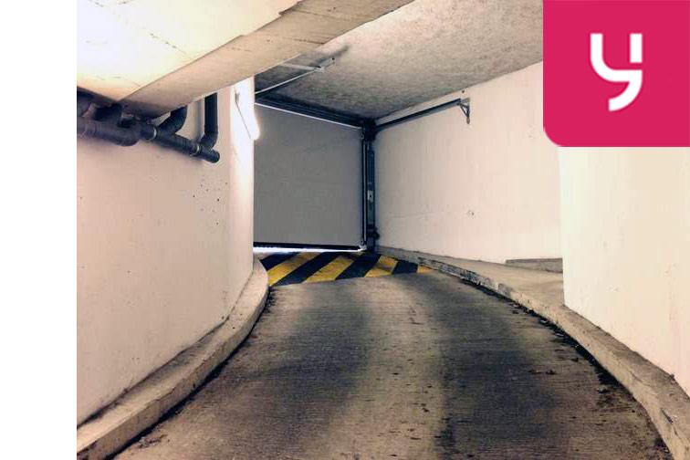 Parking Saint-Denis Sous-Préfecture garage