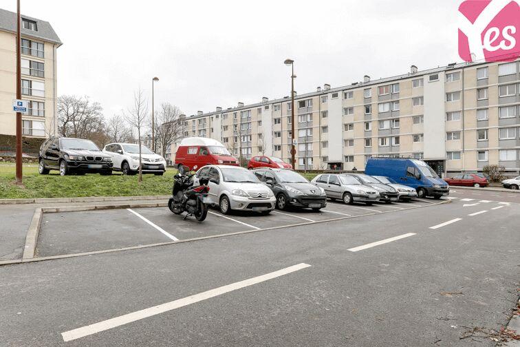 Parking UFR des Sciences - Versailles 24/24 7/7