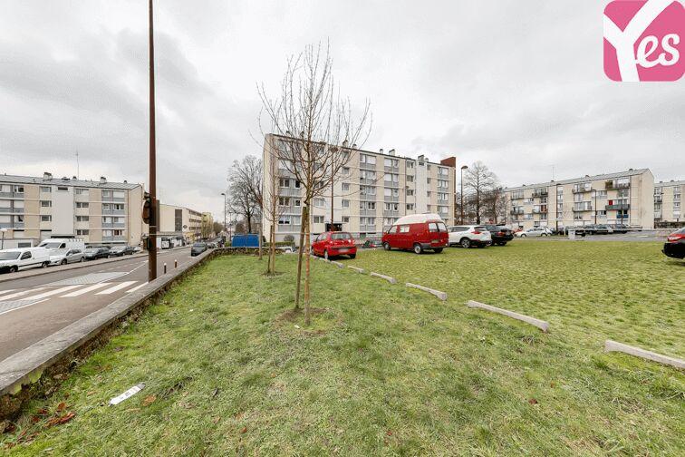 Parking UFR des Sciences - Versailles gardien