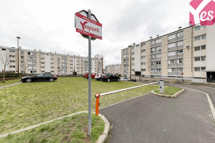 Parking UFR des Sciences - Versailles 78000