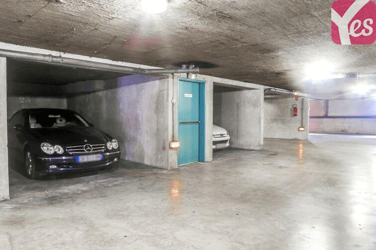 Parking Cagnes-sur-Mer Gare SNCF à louer