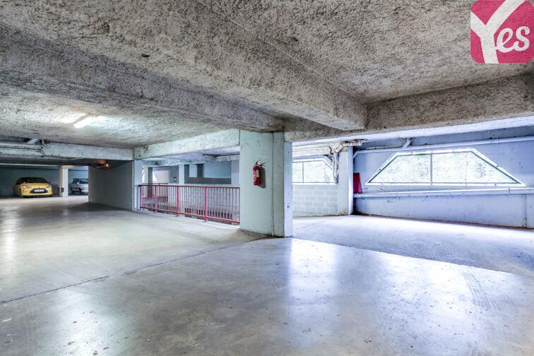 Parking Saint Clair - Caluire-et-Cuire location