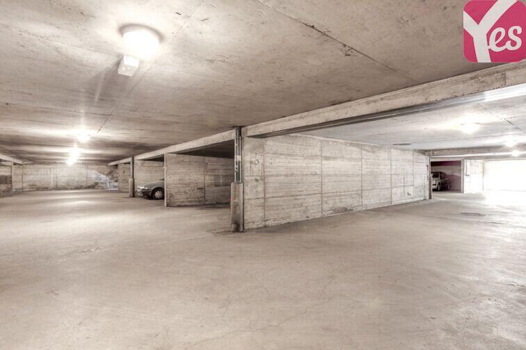 Parking Impasse Paul Fort - Pierre-Bénite sécurisé