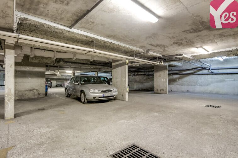 Parking Victor Hugo - Sanzillon pas cher
