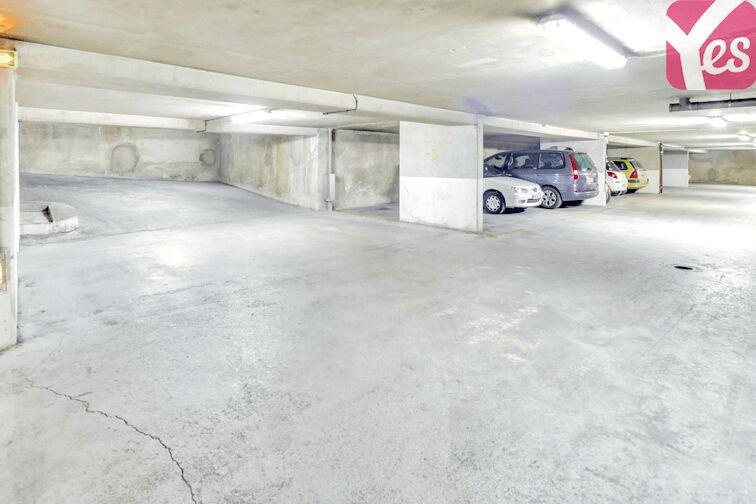 Parking Place du Maroc - Stalingrad - Paris 19 à louer