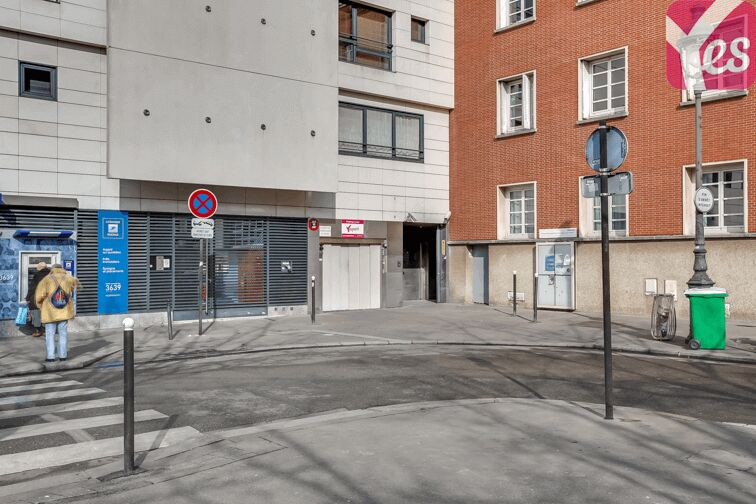Location parking Place Jeanne d'Arc - Olympiades