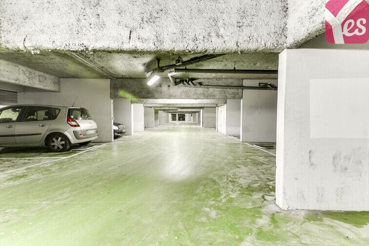 Parking Clos de l'Érable - Saint-Thibault-des-Vignes sécurisé