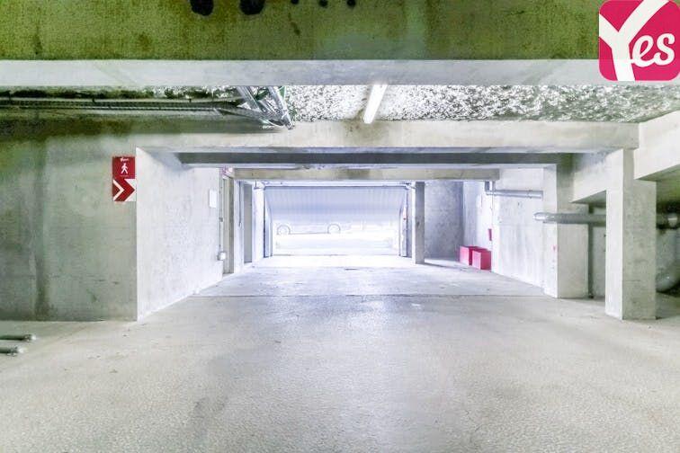 Parking Gare de Noisy-Champs - Champs-sur-Marne gardien