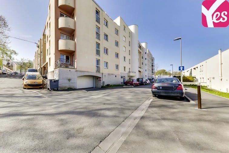 Parking Gare de Noisy-Champs - Champs-sur-Marne pas cher