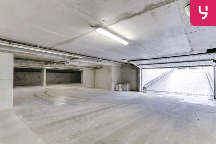 Parking École George Sand - Bussy-Saint-Georges 24/24 7/7