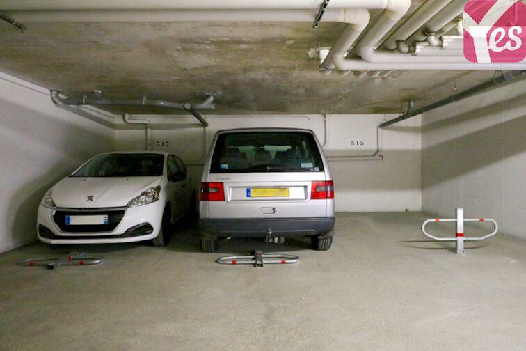 Parking Centre Hospitalier Marc Jacquet - Melun Melun