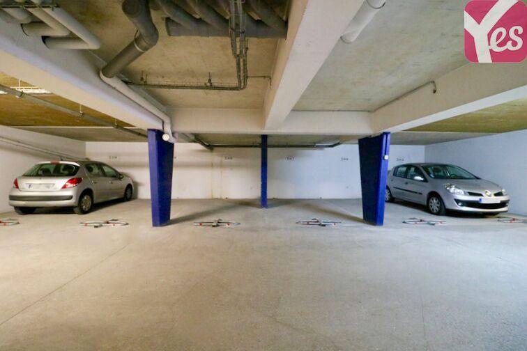Parking Centre Hospitalier Marc Jacquet - Melun garage