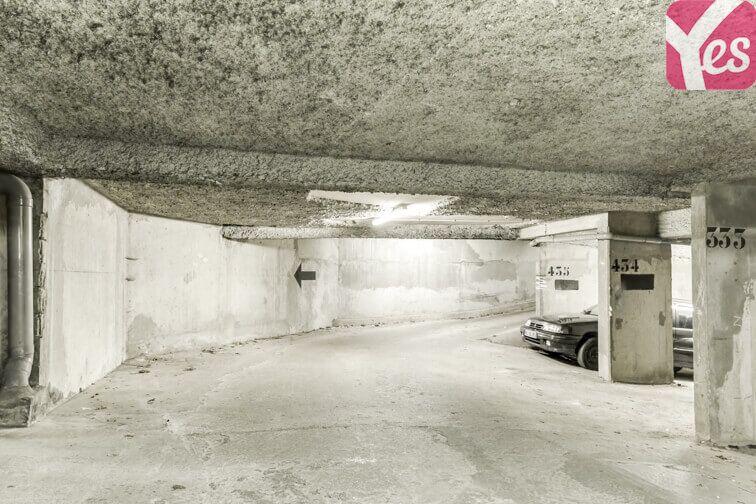 Parking Château de Champs-sur-Marne Champs-sur-Marne