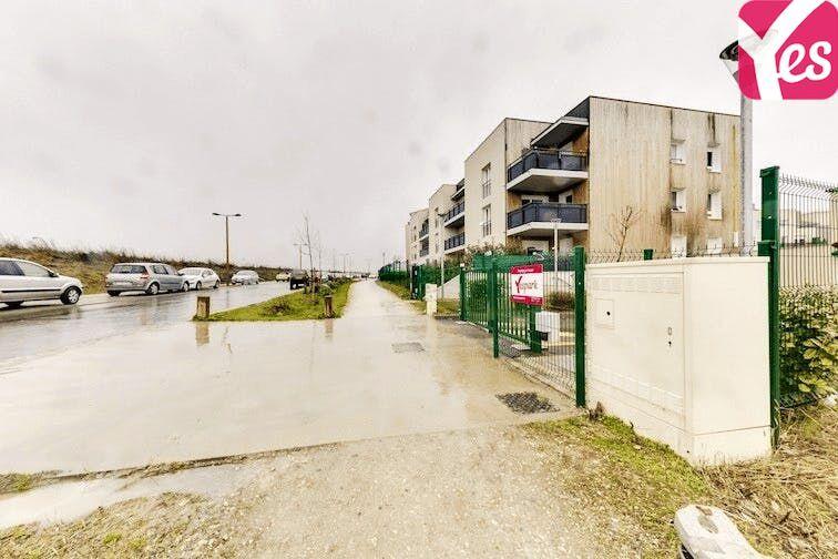 Parking Centre Équestre Claye-Souilly pas cher