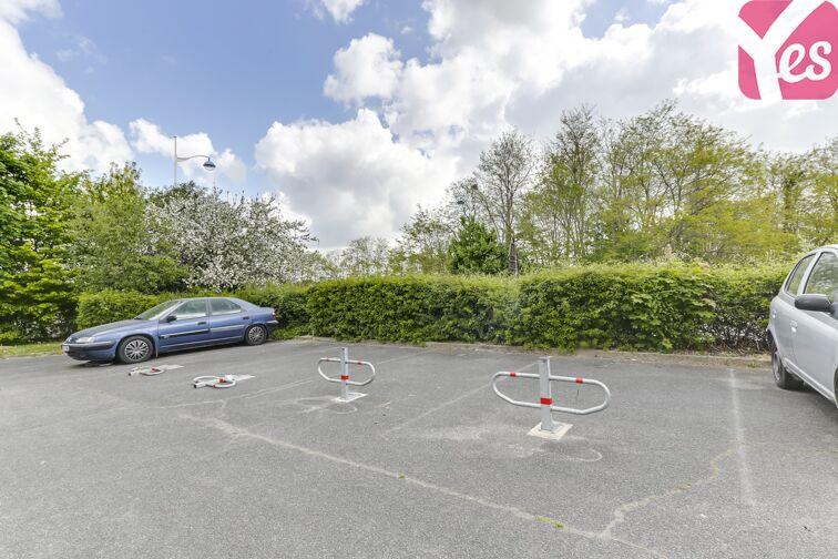 Parking Bois de Grâce - Champs-sur-Marne gardien