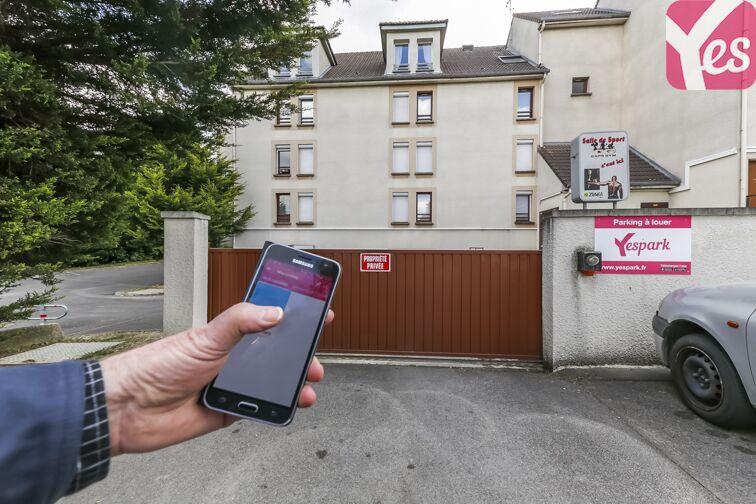 Parking Bois de Grâce - Champs-sur-Marne 34 allée des Frênes