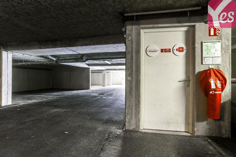 Parking Bourg-l'Évêque - La Touche - Moulin du Comte - Rennes location