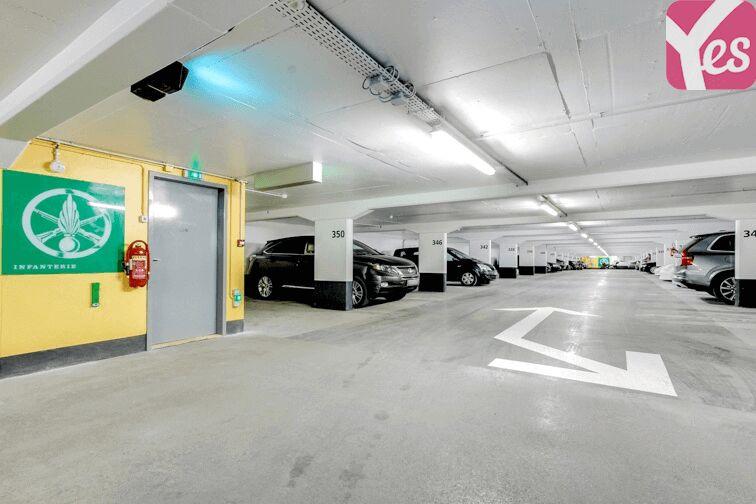 Parking Champ de Mars Paris