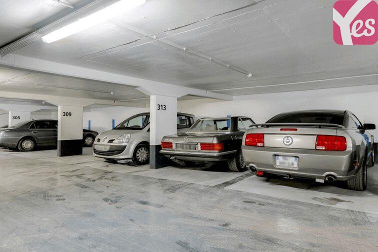 Parking Champ de Mars 75007