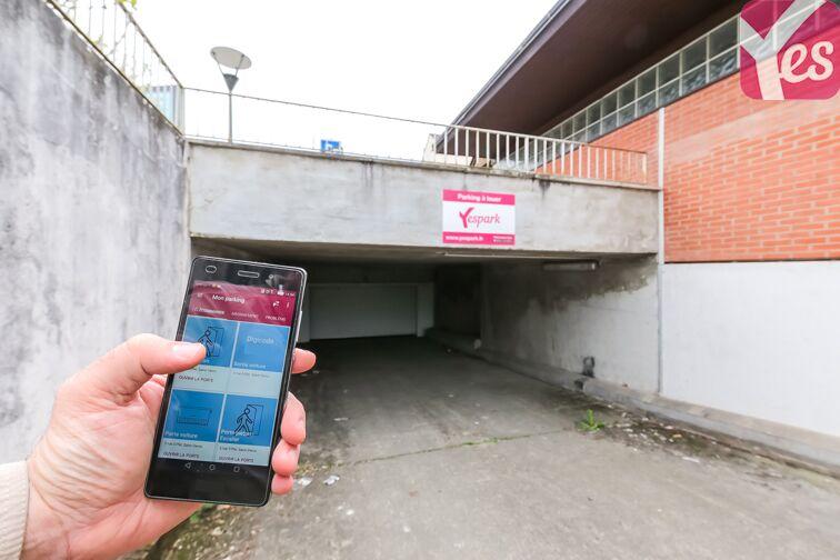 location parking Mairie d'Olivet