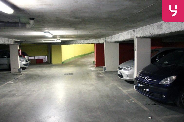 Parking Saint-Ouen - RER souterrain