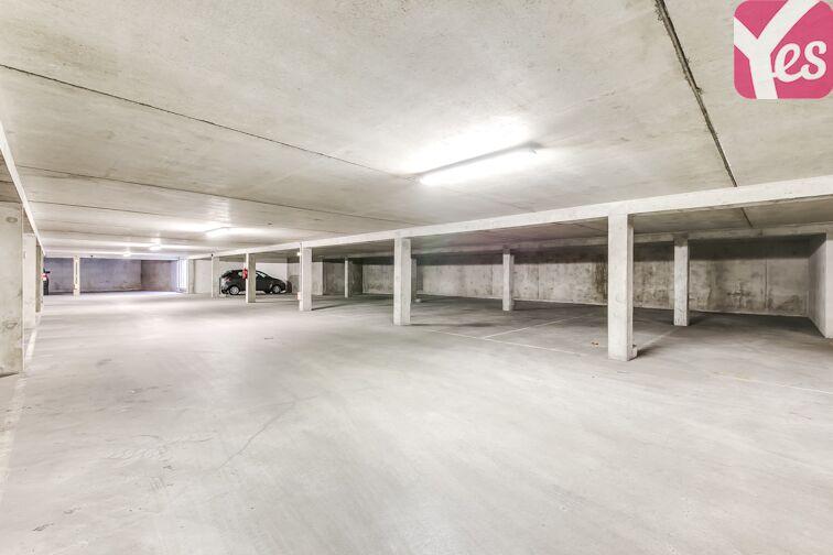Parking Croix Saint-Marceau 45100