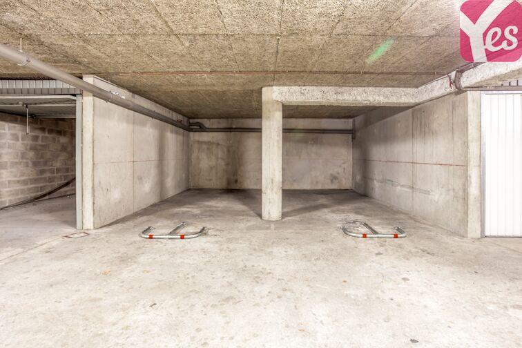 Parking Villon location