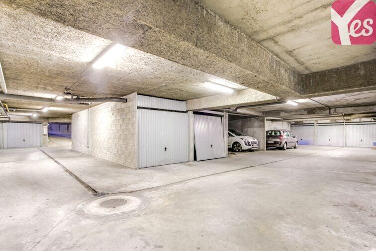 Parking Métro Sans Souci sécurisé