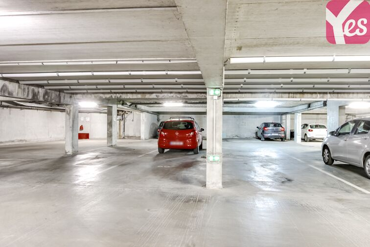 Parking Port des Minimes 17000