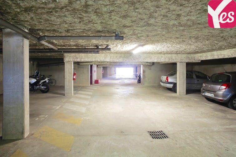 Parking Collège Émile Zola - Le Haillan box