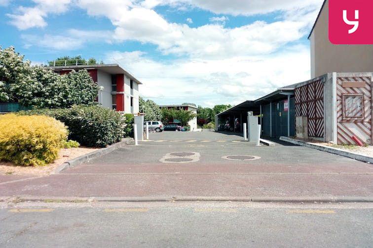 Location parking Collège Émile Zola - Le Haillan