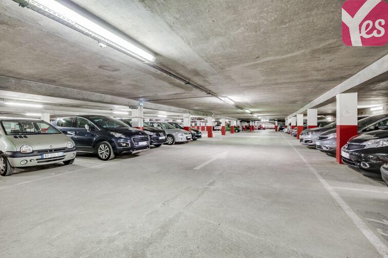 Parking Quai Sainte-Croix - Bordeaux sécurisé