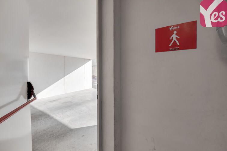 Parking Stade Jacques Chaban-Delmas - Bordeaux 33000
