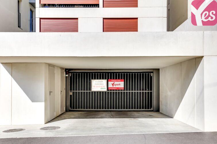 Parking Stade Jacques Chaban-Delmas - Bordeaux 8 rue de Lauradey