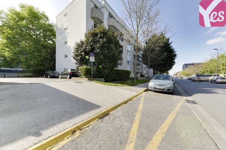 Parking Université Paris-Est Marne-la-Vallée - Champs-sur-Marne à louer