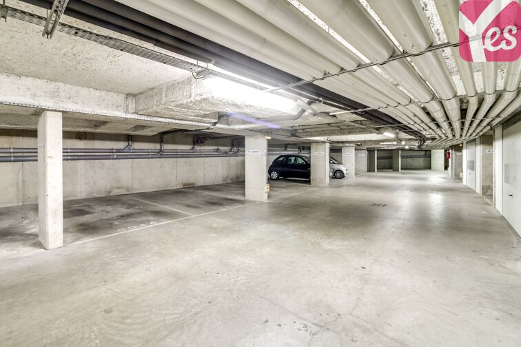 Parking Eglise Cergy - Le Haut box