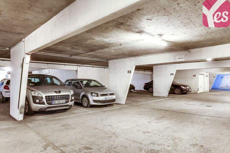 Parking Porte de Saint-Ouen - Emile Zola 32 rue Emile Zola