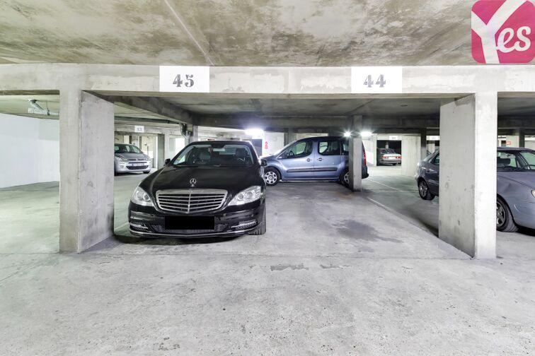 Parking La Chapelle - Nord - Paris 18 à louer