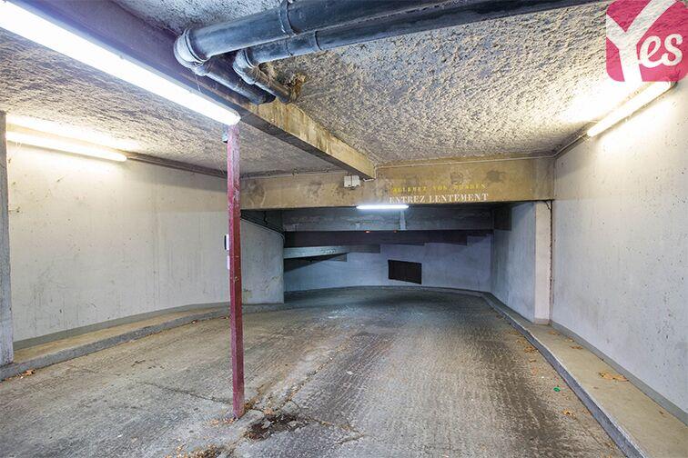 Parking André Citroën - Bibliothèque Gutenberg - Paris 15 box