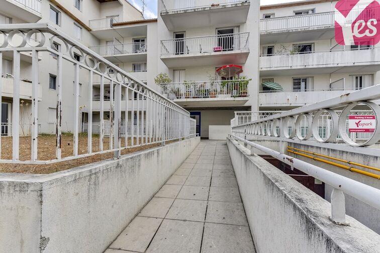 Parking Champ de Mars - Béziers souterrain
