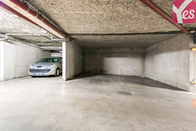 Parking La Pomme - Gare 13011