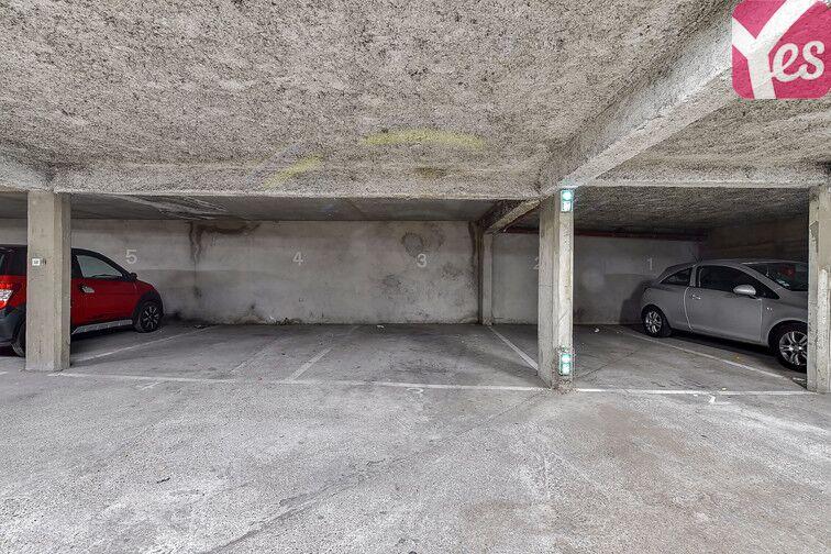 Parking Le Pontet 84130