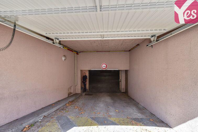 Parking Le Pontet 14 rue Panisset