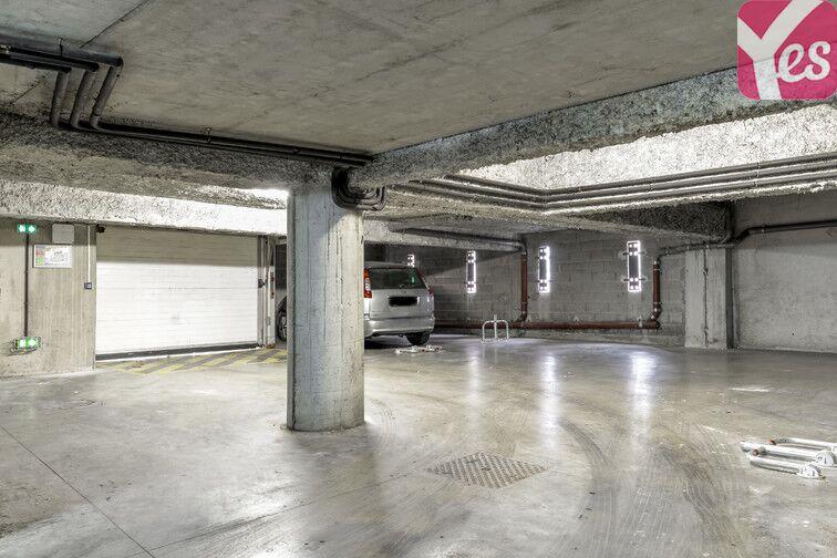 Parking Centre-ville - Bollène pas cher