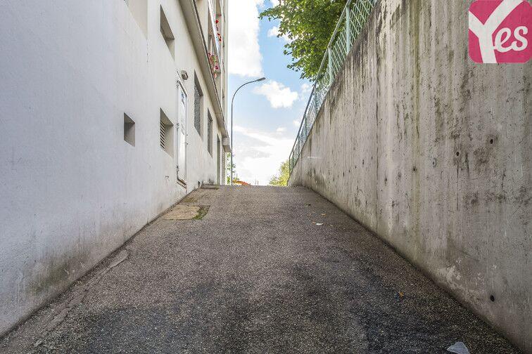 Parking Solaure - Croix de l'Orme - Le Mont - La Jomayère - Saint-Étienne box