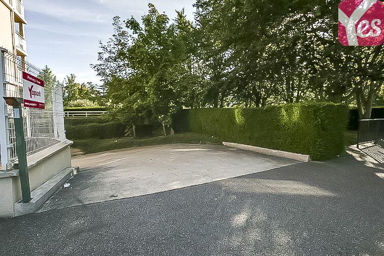 Parking Europe - Guyancourt location mensuelle